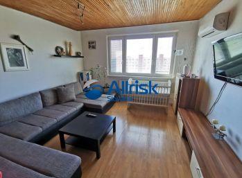 Na prenájom krásny 3izb byt v Zlatých Moravciach