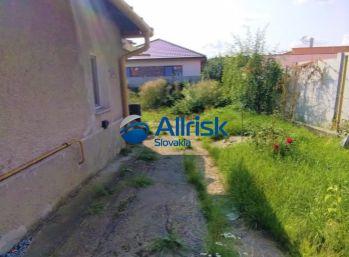 Rodinný dom v Čiernych Kľačanoch
