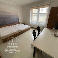 1 izbový byt, Banská Bystrica, 97.60 m², Kompletná rekonštrukcia