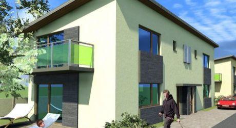 NOVOSTAVBA NA PREDAJ veľký 2 i byt, balkón, vlastné kúrenie, parkovanie