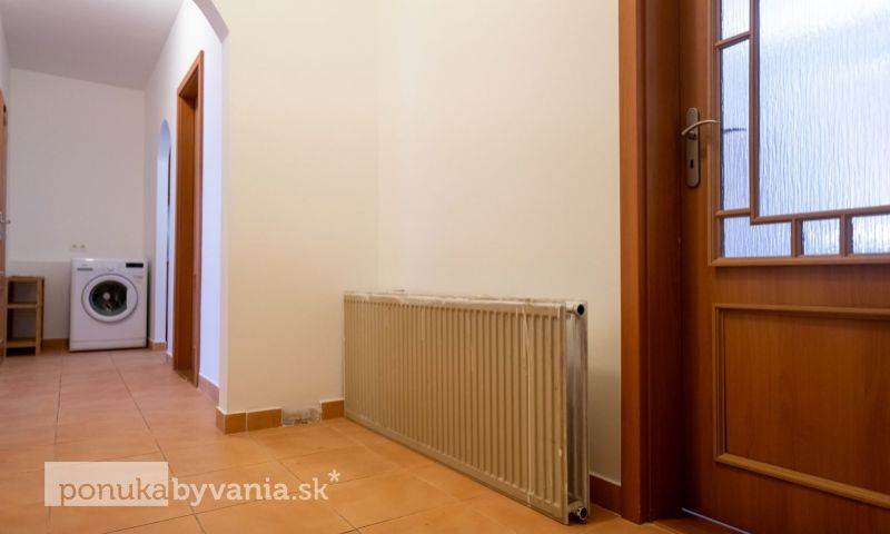 ponukabyvania.sk_Námestie Hraničiarov_3-izbový-byt_BARTA
