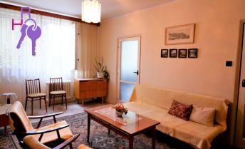Jednoizbový byt, pôvodný stav, top lokalita na predaj