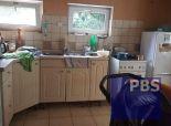 --PBS-- Dvojpodlažný rodinný dom pod lesom vhodný na rekreáciu alebo a trvalé bývanie, obec BUKOVÁ