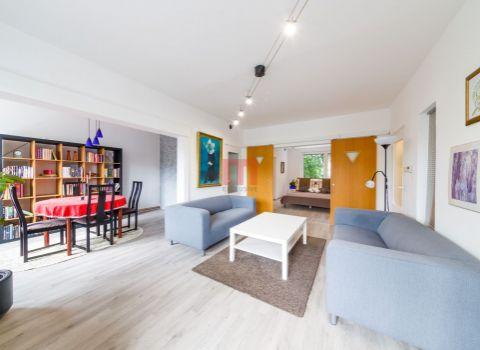 Na prenájom priestranný 3 izbový byt na začiatku Karlovej Vsi
