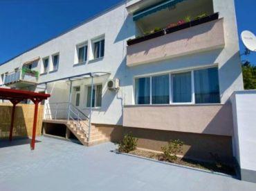 AFYREAL predaj výnimočného 5izb bytu s 140m2 predzáhradkou, Pluhová - Jánoškova