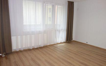 Zrekonštruovaný 2-izbový byt s lodžiou 52 m2 na Saratovskej ul., Juh I v Trenčíne
