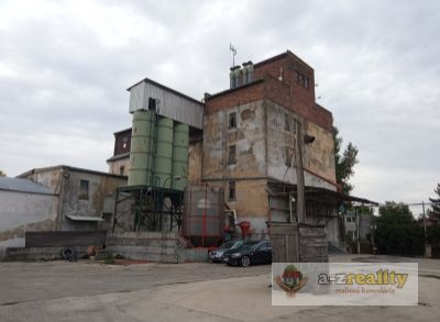 Ponúkame na predaj komerčný objekt v Zemianskej Olči