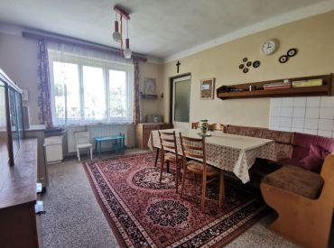 EXKLUZÍVNE na predaj rodinný dom, Stráňavy, 1179 m2