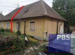 --PBS-- Starší rodinný dom 2+1 na rekonštrukciu s pozemkom 488 m2 v širšom centre Trnavy - Vajslova dolina
