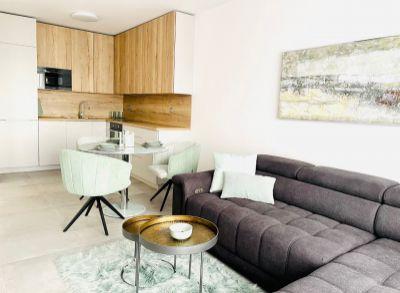 EXKLUZÍVNE!!! Slnečný 2 izbový byt v novostavbe Palúdzka