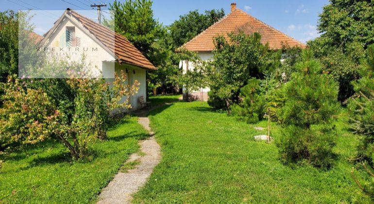 Predám starší rodinný dom v obci Výčapy-Opatovce