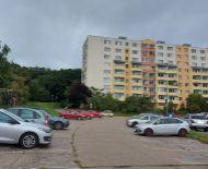 TOP Realitka – Exkluzívne! Rezervované, Honosný 3-izbový byt, 2x loggia, pivnička, ticho, zeleň, Malé Karpaty, Top lokalita, KV – DLHÉ DIELY