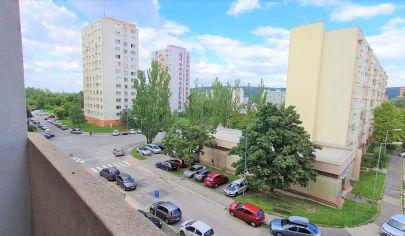 Predaj – 3 izbový byt s loggiou v tichej, zelenej lokalite Dúbravky – Gallayova ul. BA IV. TOP PONUKA !
