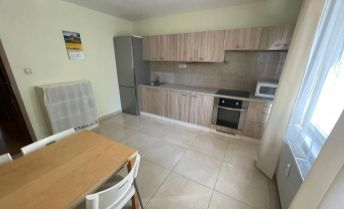 Ponúkame na predaj 3 izbový byt po kompletnej rekonštrukcii , Československých parašutistov Bratislave - Nové Mesto