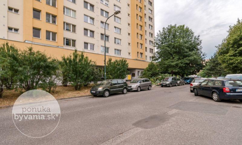 ponukabyvania.sk_Mlynarovičova_1-izbový-byt_BARTA