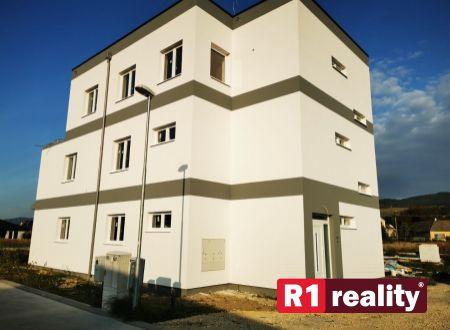 Nový 4 izbový byt E, 114,15 m2+ terasa, parking, SPA REZIDENCE, Banka, okr. Piešťany REZERVOVANÝ!
