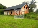 Na predaj hrubá stavba rodinného domu v obci Horné Srnie