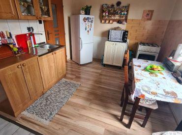 Na predaj menší rodinný dom vhodný na rekreáciu na konci dediny Lopej