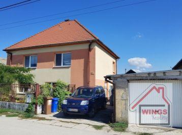 Rodinný dom Horný Čepeň (dvojgeneračný)