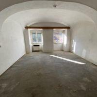 3 izbový byt, Hronec, 84 m², Pôvodný stav