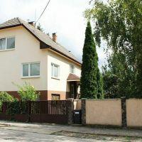 Rodinný dom, Bánovce nad Bebravou, 195 m², Čiastočná rekonštrukcia