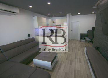 Na predaj 3-izbový byt v novostavbe na Kresánkovej ulici v Karlovej Vsi