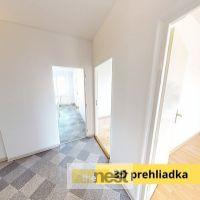 3 izbový byt, Banská Bystrica, 67 m², Čiastočná rekonštrukcia