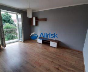 Ponúkame na prenájom svetlý priestranný  2izbový byt na Starom sídlisku v Prievidzi.