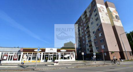 2 - izbový slnečný  byt  54 m2  s balkónom - mesto  Mosonmagyaróvár