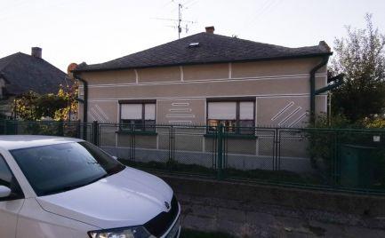 Zachovalý rodinný dom blízko k Dunaji v obci Medveďov