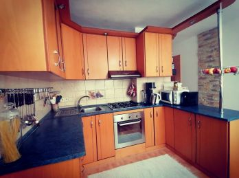 3D OBHLIADKA. Na PREDAJ krásny 3 izbový byt s garážou v Medzilaborciach (N027-113-ALM)