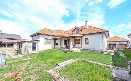 Predaj, 7i poschodový rodinný dom, 533m2 pozemok Zavar – Trnava
