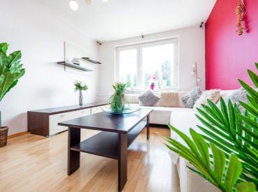 Svetlý 3i byt, 74 m2 s dvomi šatníkmi v tichej lokalite – BA - Pošeň: obľúbená a najlepšia časť Ružinova