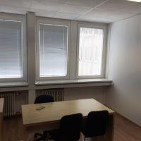 Kancelárie, Bratislava-Nové Mesto, 21.70 m², Čiastočná rekonštrukcia
