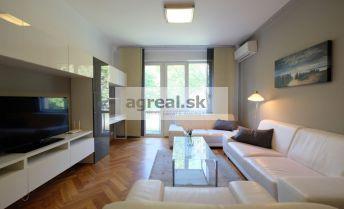 Príjemný zrekonštruovaný 2-izbový byt s balkónom v Bratislave - Ružinove - Svidnícka ul.