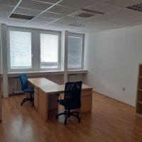 Kancelárie, Bratislava-Nové Mesto, 58.10 m², Čiastočná rekonštrukcia