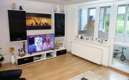 Krásny, novo-zrekonštruovaný 2-izbový byt s lodžiou 52 m2 na Saratovskej ul. v Trenčíne - Juh I