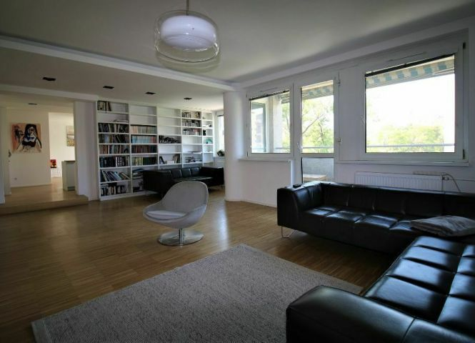 5 a viac izbový byt - Bratislava-Staré Mesto - Fotografia 1