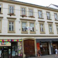 2 izbový byt, Bratislava-Staré Mesto, 76 m², Kompletná rekonštrukcia