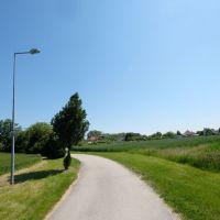 Pre rodinné domy, Lehnice, 1100 m²