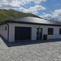 Rodinný dom, Mokrá Lúka, 1 m², Novostavba
