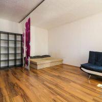 1 izbový byt, Bratislava-Dúbravka, 40 m², Čiastočná rekonštrukcia