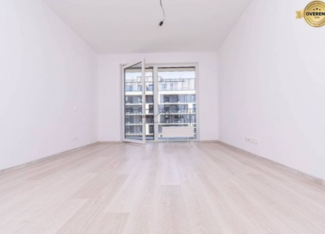 1 izbový byt - Bratislava-Petržalka - Fotografia 1