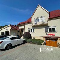 Rodinný dom, Dunajská Streda, 300 m², Čiastočná rekonštrukcia
