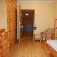5 a viac izbový byt, Bratislava-Ružinov, 108 m², Čiastočná rekonštrukcia