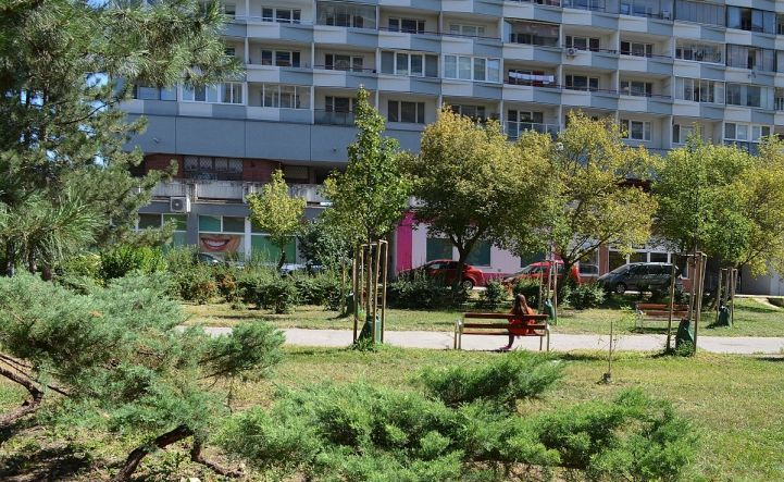 Pekný 3-izbový byt vo vyhľadávanej lokalite, ul. Šusteková, 74 m2, 2/12 poschodie, Bratislava V, ihneď k nasťahovaniu