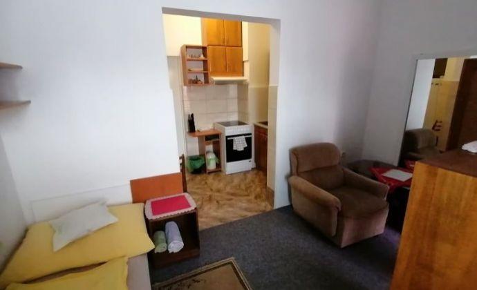 1 lôžkový apartmánový byt - SUČANY - PRENÁJOM
