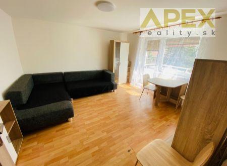 Exkluzívne APEX reality veľký 1i. byt prerobený na 2 izbový s balkónom, 42 m2