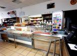 predáme BISTRO ( reštauráciu ) - PIZZERIU s rozvozom v Devínskej Novej Vsi - 303 m2 - 375.000,- cena bez DPH