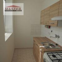 1 izbový byt, Nováky, 29 m², Kompletná rekonštrukcia